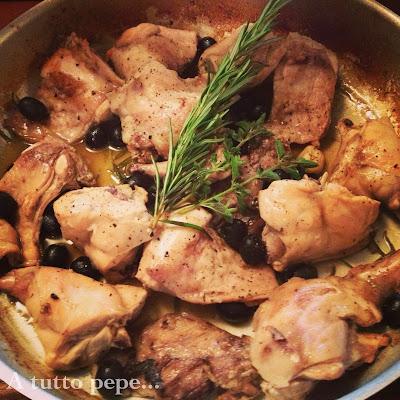 casa dolce casa... coniglio con olive e rosmarino!