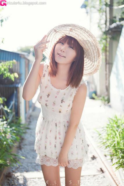 10 Ryu Ji Hye Outdoor and Indoor-very cute asian girl-girlcute4u.blogspot.com