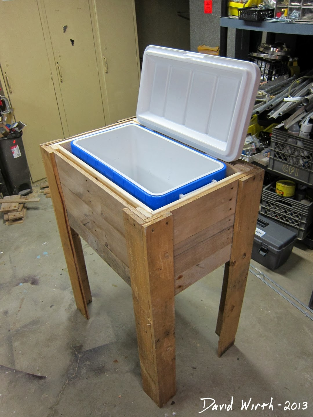 plans to build make a wood cooler stand rustic free