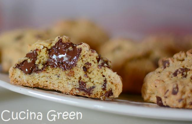 biscotti senza burro alle mandorle e cioccolato