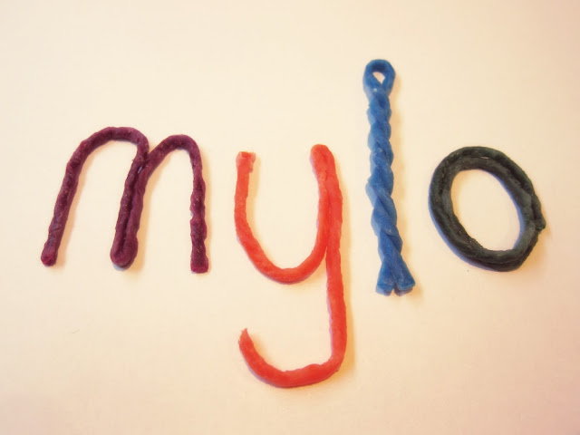 Making letters from Wikki Stix