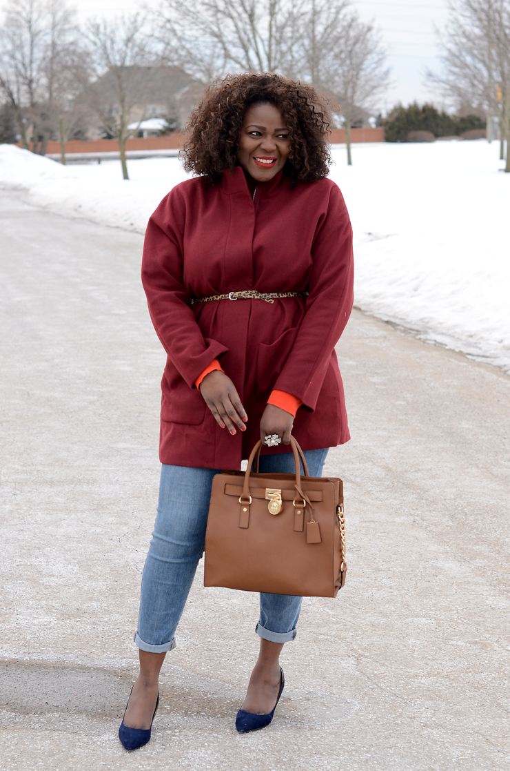 how to wear/ burgundy oversized coat