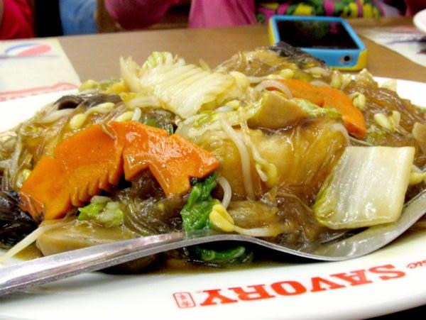 Classic Savory Restaurant: Lo Han Chai noodles