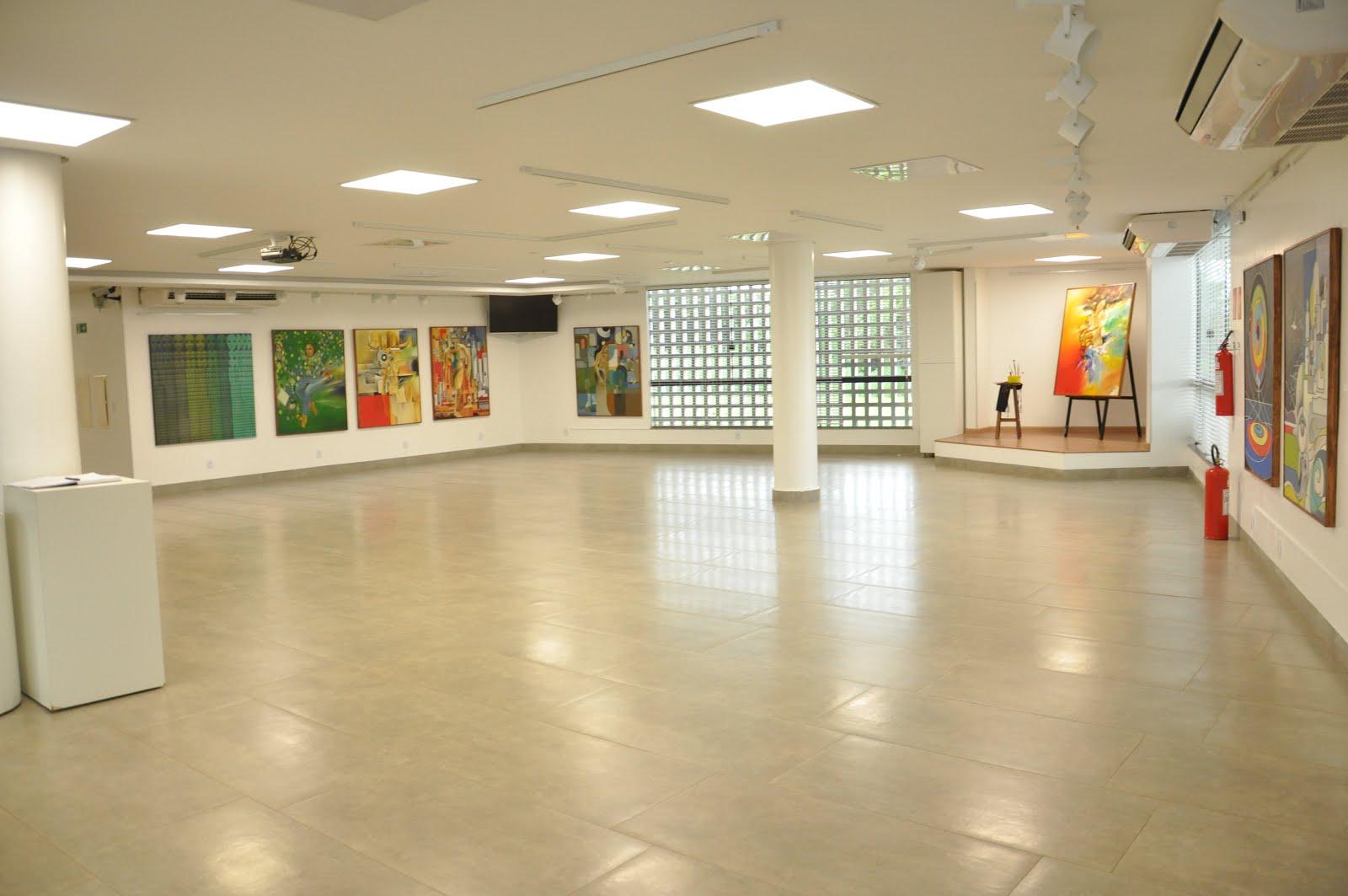 """Exposição """"Retorno e Recorrência"""" Galeria de Artes NILA."""
