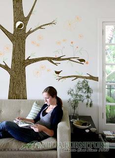 keindahan seni lukis mural di ruangan rumah