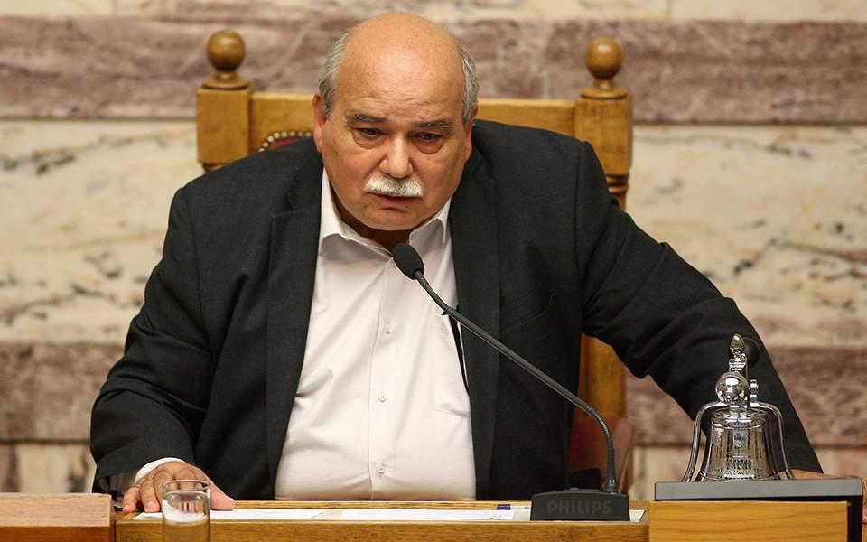Φοβισμένος ο Βούτσης: «Οι παμμακεδονικές οργανώσεις μας απειλούν με θάνατο!»
