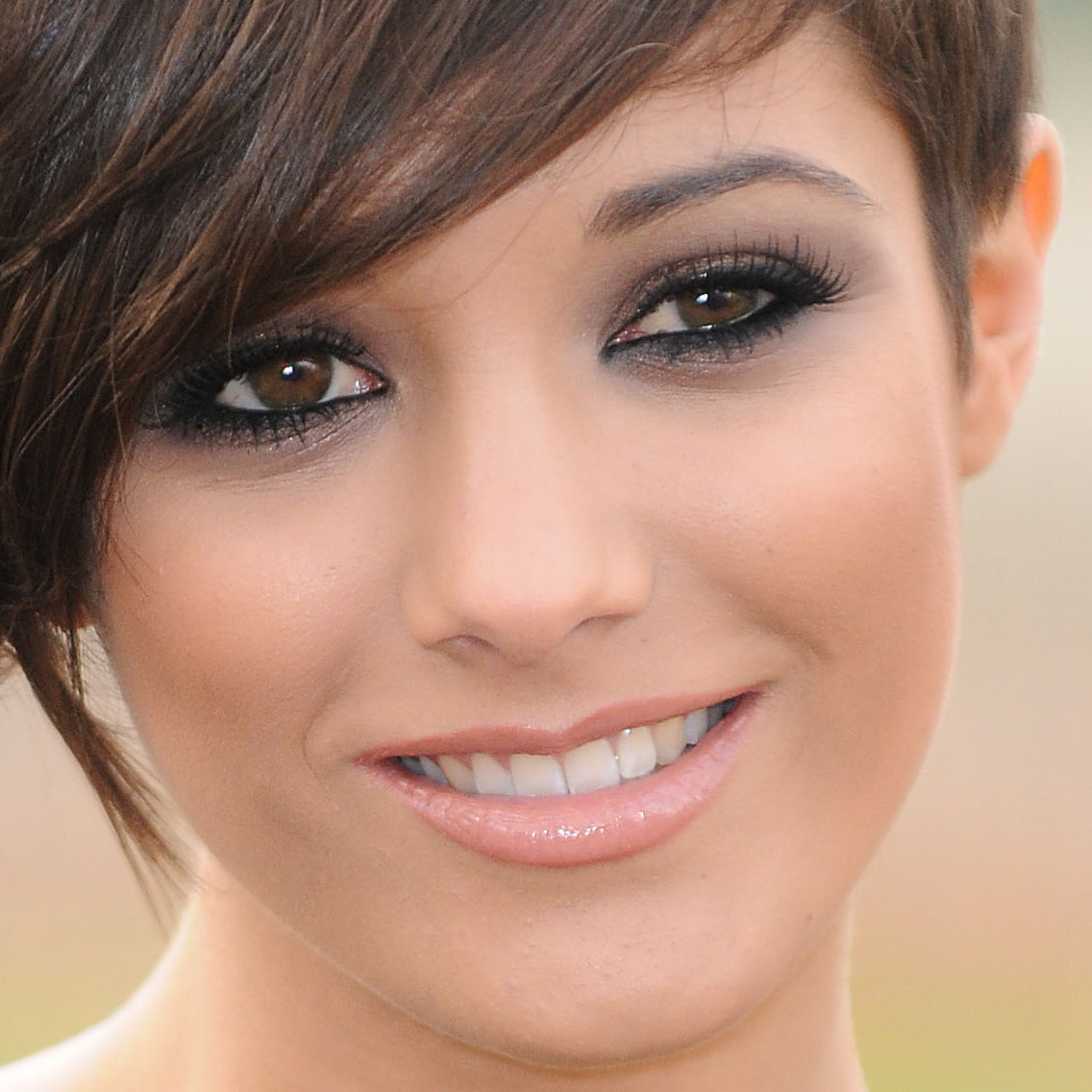 Frankie Sandford wallpapers