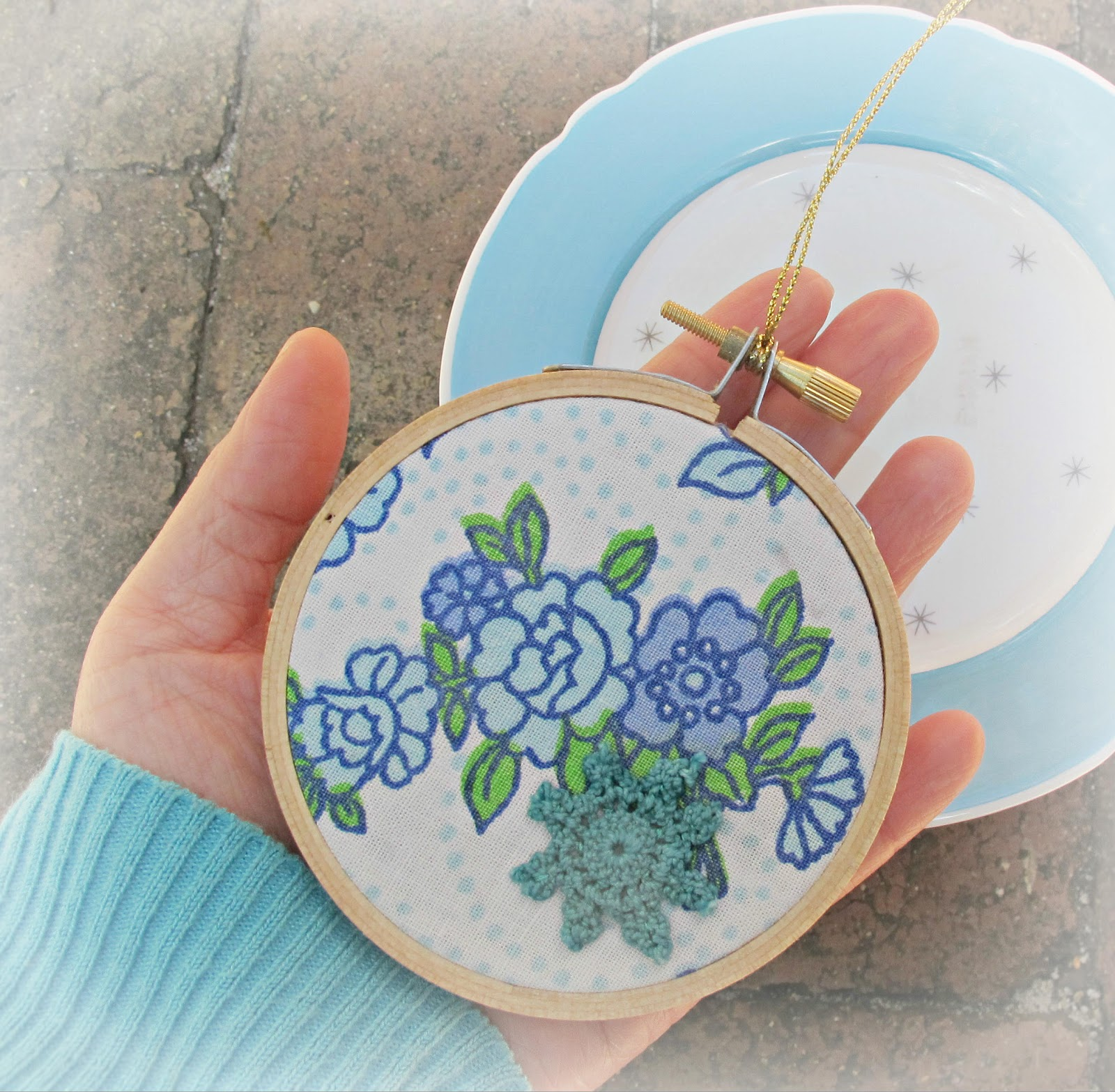 image embroidery hoop ornament vintage fabric blue flowers doily christmas domum vindemia