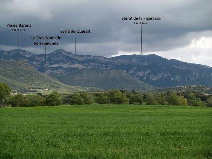 La Serra de Queralt amb La Figarassa al seu darrere