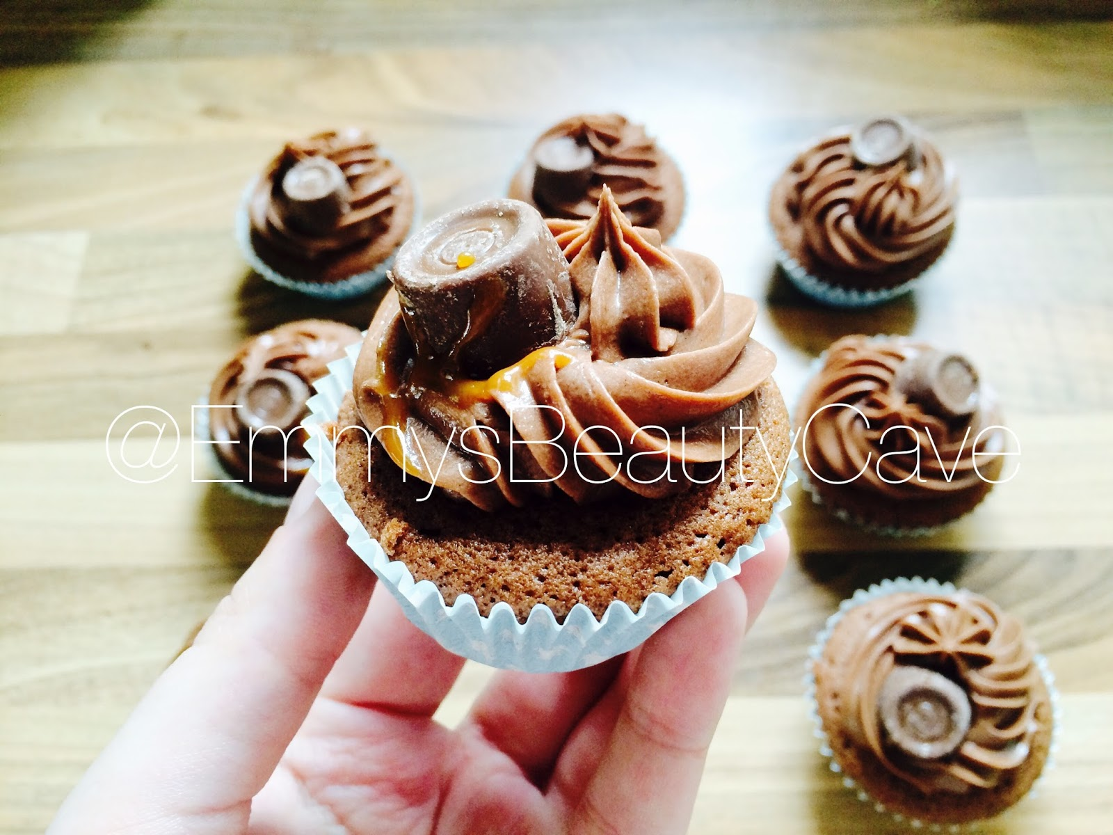 Rolo Cupcakes With Cake Mix