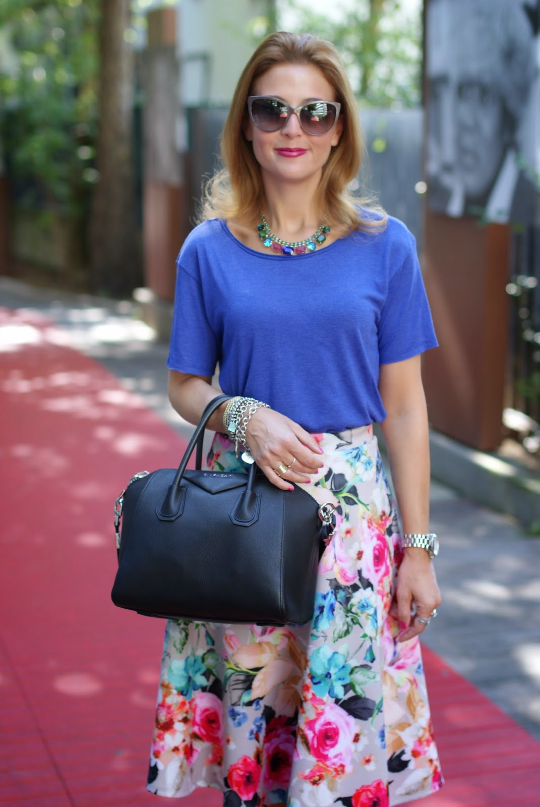 how to wear a midi skirt, Asos midi skirt, Fashion and Cookies, fashion blogger, Givenchy Antigona bag