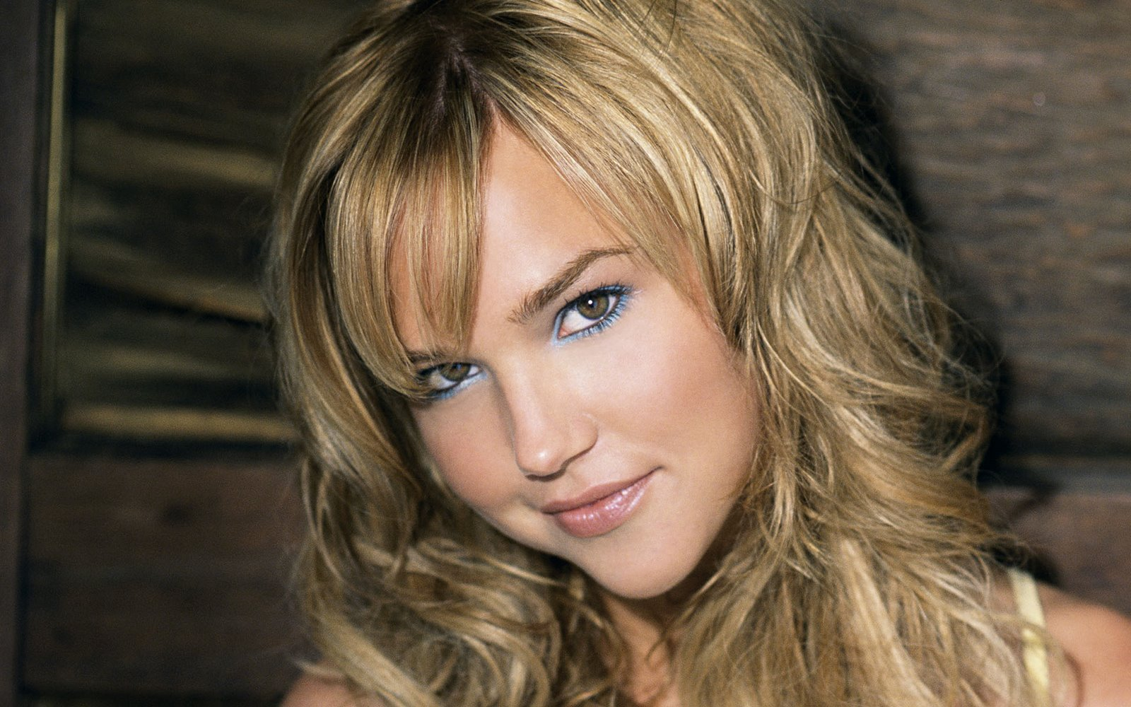 Sexy Super Hot Teen Supermodel 18++ Girl Arielle Kebbel Erotic Images