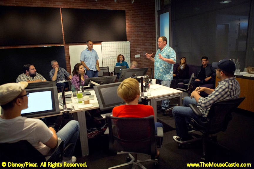 John Lasseter discusses Toy Story 4 with his story team.