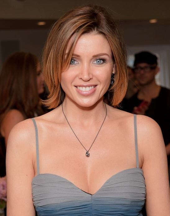 Biodata Profil Danielle Jane Minogue Serta Foto