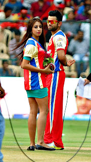 Hot Chicks in IPL 2013 – Bangalore