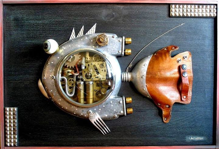 09-Turbo-Fish-Arturas-Tamasauskas-Recycled-and-Upcycled-Steampunk-Sculptures-www-designstack-co