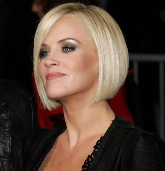 Jenny mccarthy short celebrity hairstyles