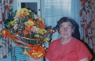 The Lily Topping Memorial Page (1920 - 2013)