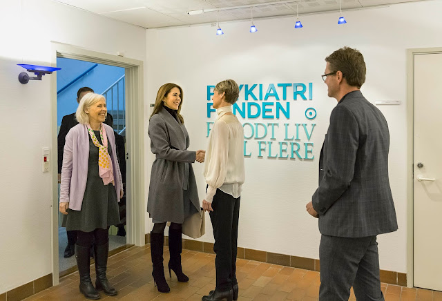 Crown Princess Mary attended a working meeting with the Danish Mental Health Foundation.