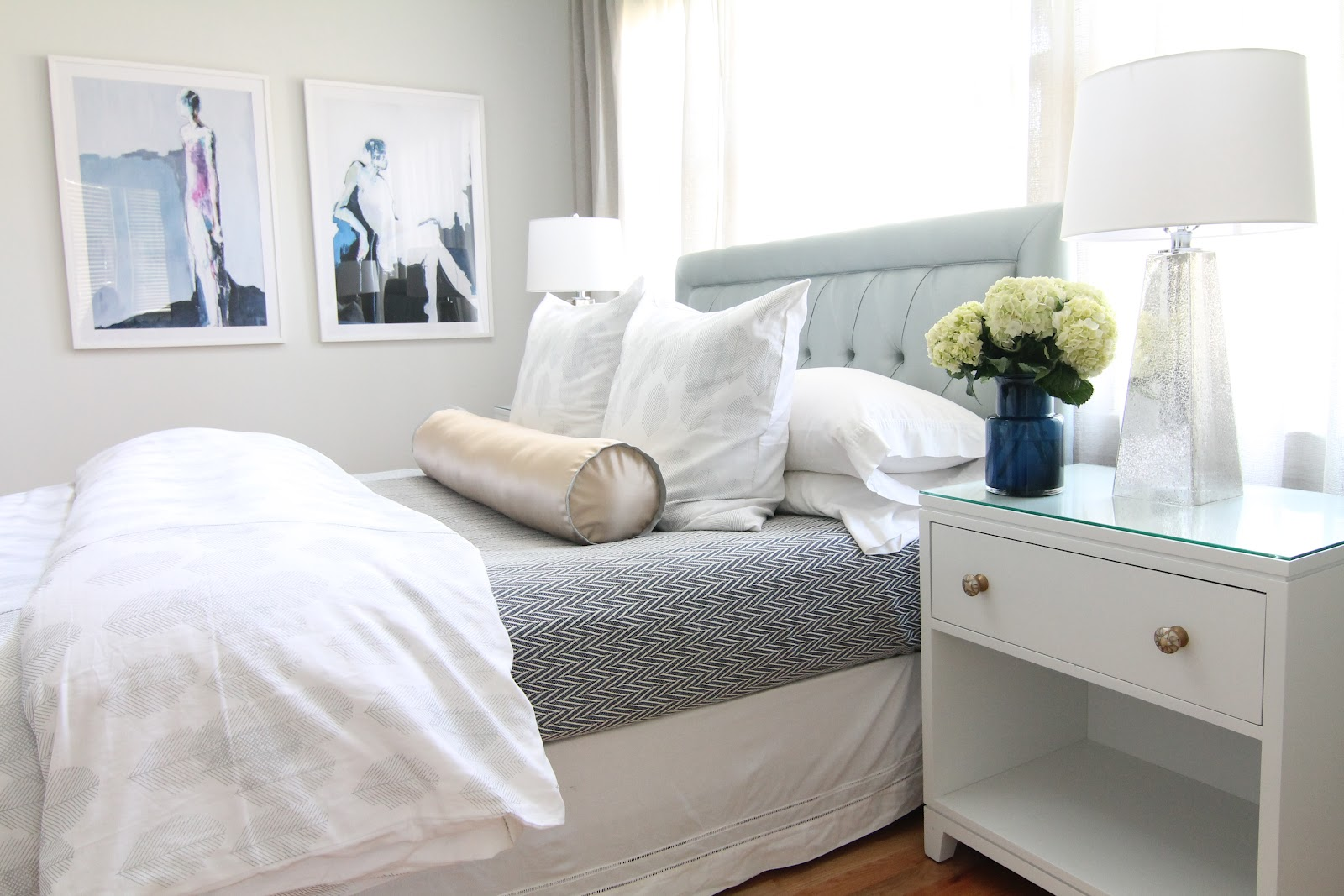 bryn alexandra: Light & Airy Bedroom