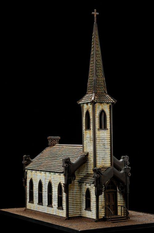 al farrow esculturas relicários templos religiosos símbolos armas munição Igreja