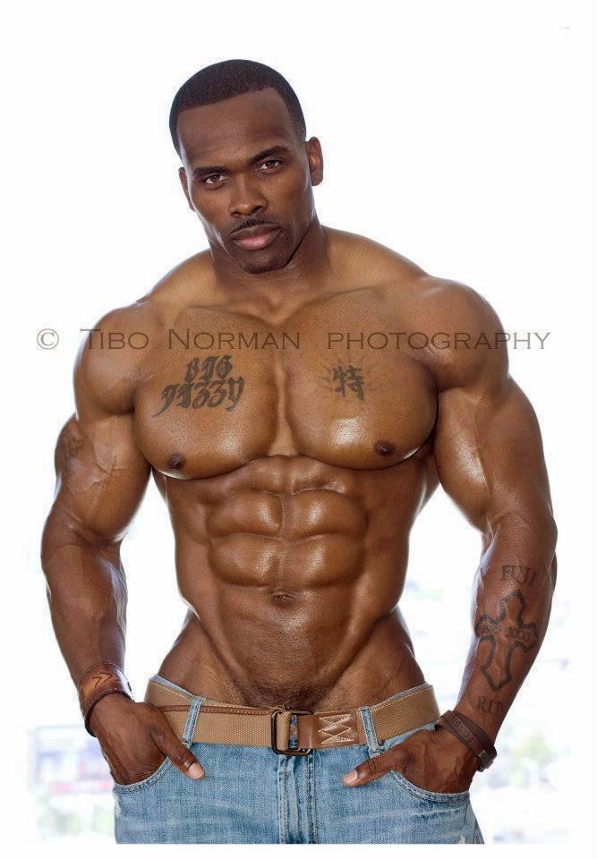 Nude black body builder