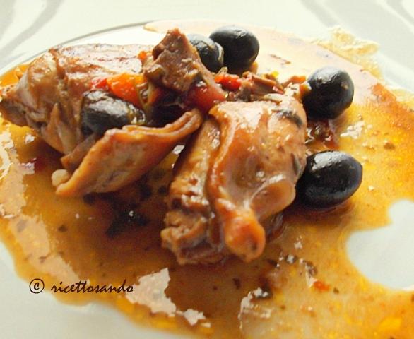 Coniglio alla cacciatora ricetta tradizionale di carne bianca