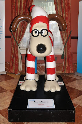 Where's Wallace? Gromit (front view)