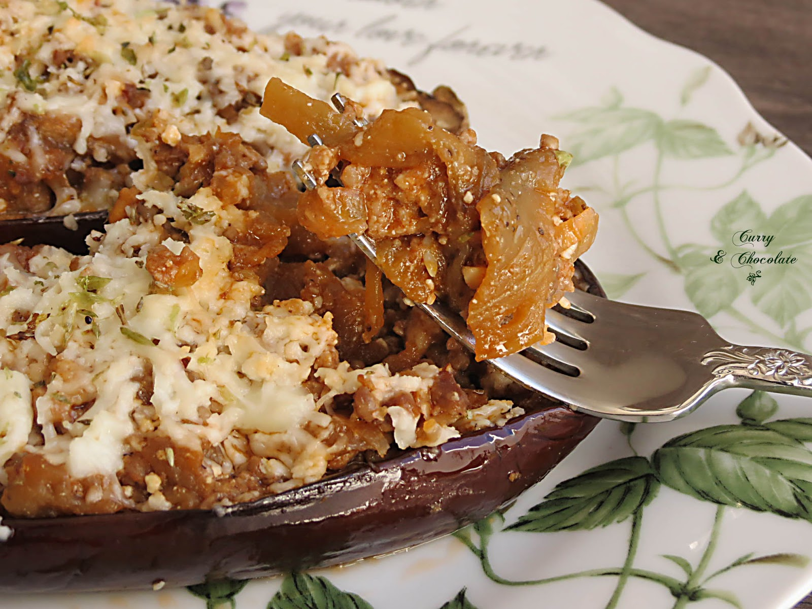 Berenjenas rellenas de carne picada - Stuffed eggplants with minced meat