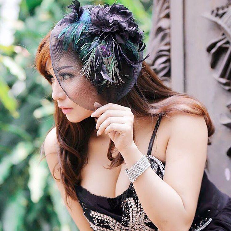 Image Result For Josie Putri Seksi Selfie Foto Top Model