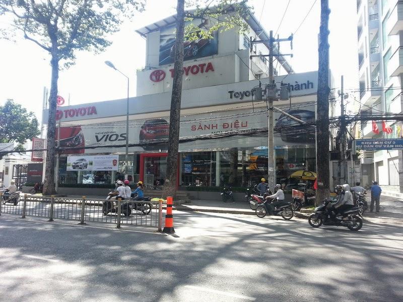 Giá Xe Toyota Altis 2014 Tại TPHCM 7