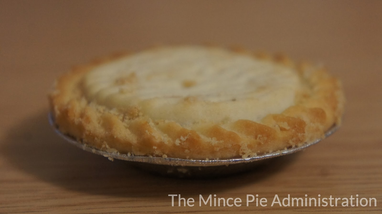 the_mince_pie_administration_poundland_hoppers_mince_pies_side.JPG