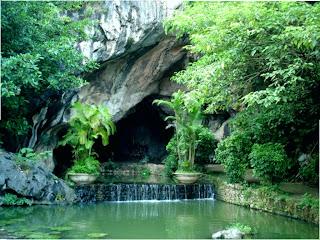 Cave Nhi - Lang Son - Vietnam
