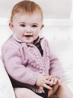 Fermuarlı Kız Bebek Örgü Hırka Modeli