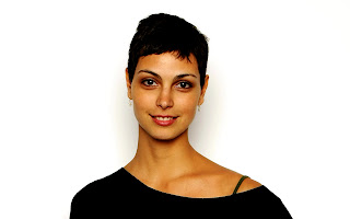 Morena Baccarin Short Hair HD Celebrity Wallpaper