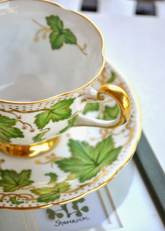 https://www.etsy.com/listing/124657111/tea-cup-and-saucer-royal-chelsea-fine?ref=related-3