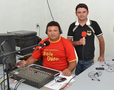 Equipe Bola de Ouro em Ação na Interativa FM