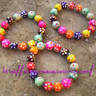 http//www.miaoaccesorios.com/ venta de complementos, bisutería, abalorios, accesorios, pendientes, collares, aretes, pulseras, anillos, bolsos, relojes,