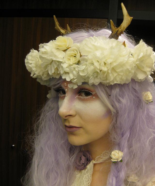 shironuri mori girl gothic lolita forest fairy fantasy deer antlers rhapsody wigs underbust corset chiffon pastel goth cute kawaii fawn hysteria machine flower crown white YRU platform 90s shoes