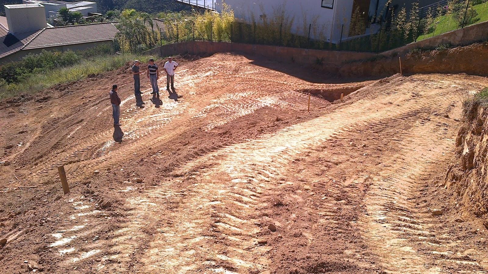 Arquiteta adriana furst visitando obras for Legalizar casa en terreno rustico