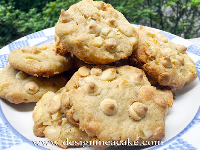 Macadamia Nut and White Chocolate Cookies