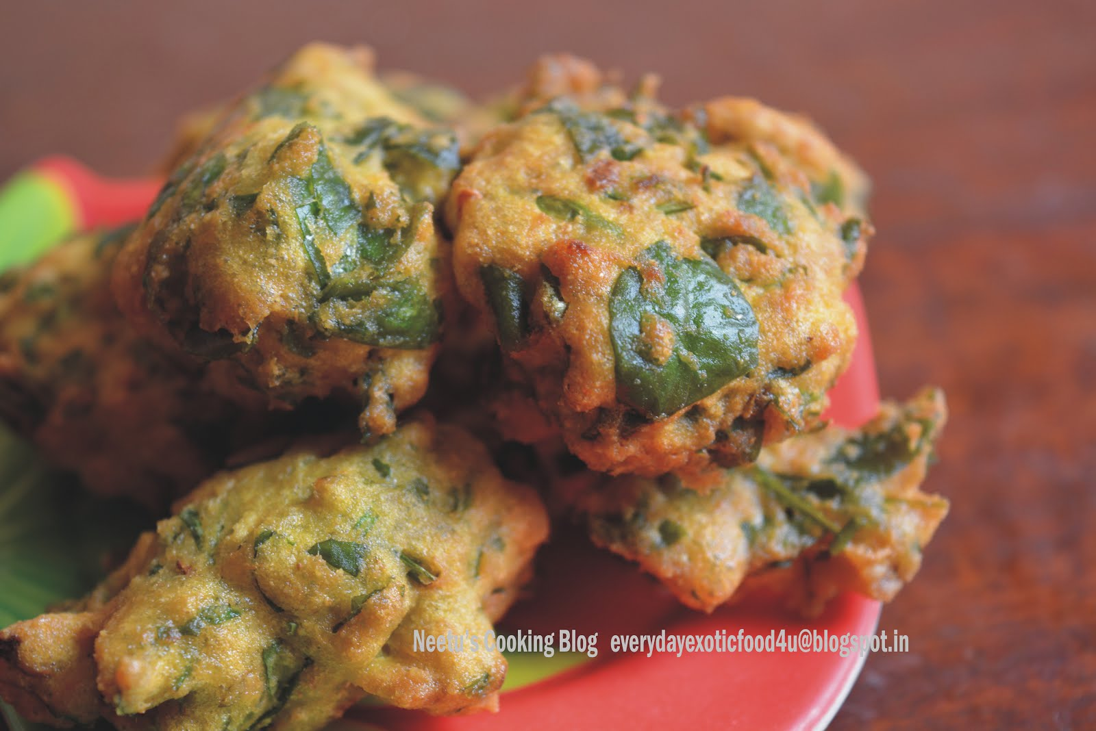 Moong Methi Pakoda