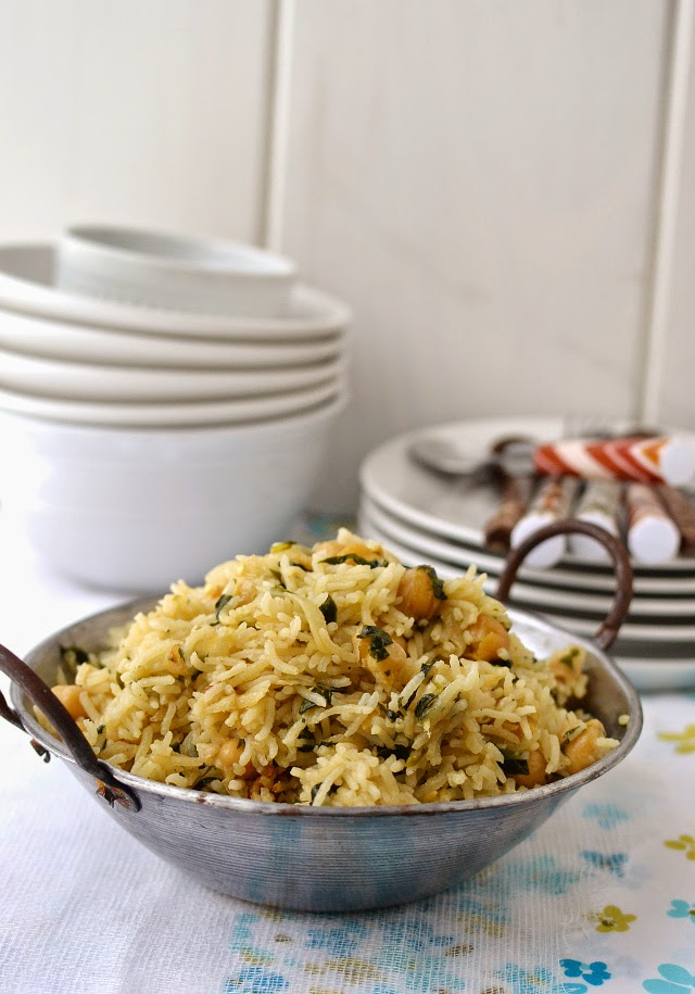 Methi Chana Pulao (Fenugreek leaves and Chickpea Pilaf)