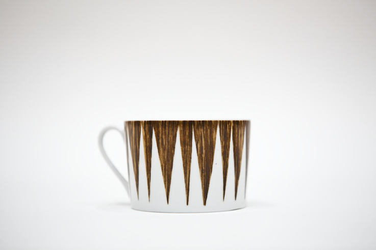 porcelain cup with wood texture