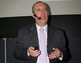 José R. Mendoza M.