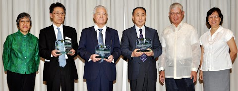 Three Japanese mentors honored