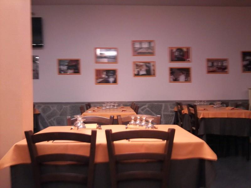 Gitarelleggiando . . .: Mangiare toscano alle Croci di Calenzano