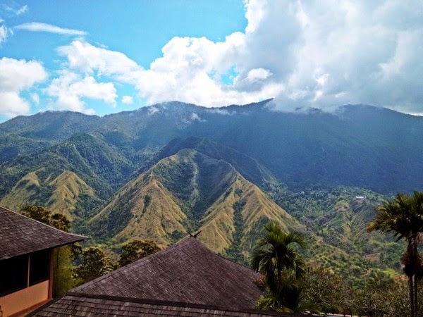 Wisata Gunung Buttu Kabobong (Gunung Nona) Enrekang