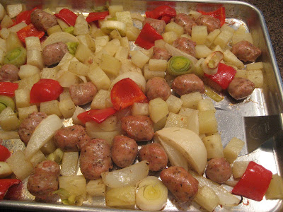 Chez Mona: Roasted Potatoes, Chicken Sausage and Peppers