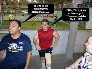 Jugadores de futbol platicando